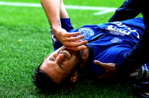 evin Mirallas of Everton pulls up with a hamstring injury.