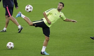 Xavi Hernández in training
