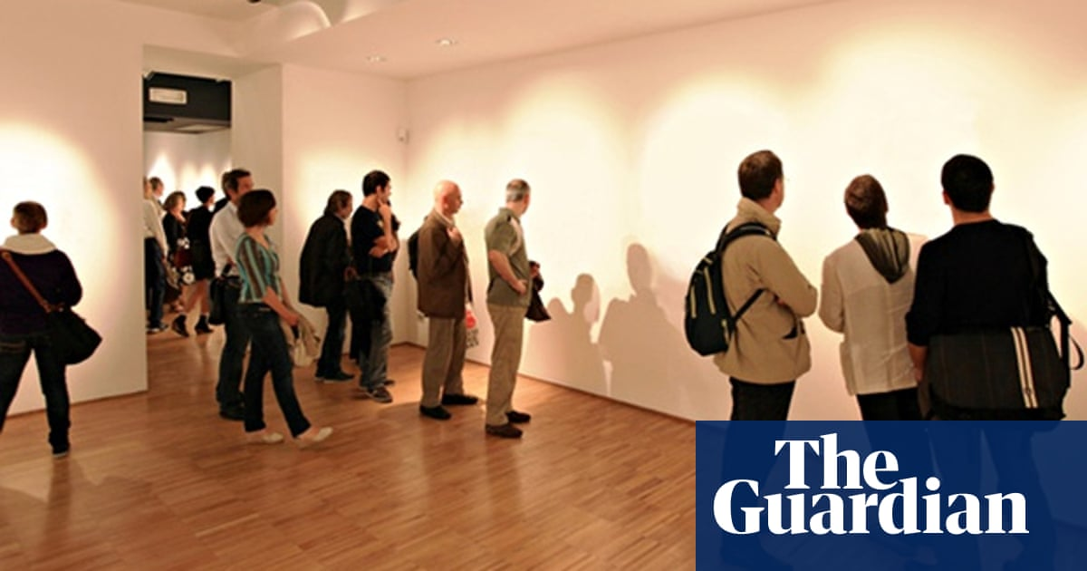 Modern Exhibition Stand Up Comedy : Invisible art: the gallery hoax that shows how much we hate the rich