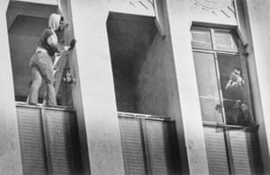 This is a great story more so than a great image, but it's still well worth a mention. Ali had been passing a high-rise building in 1981 when he noticed a commotion; a man was threatening to commit suicide by jumping from the ninth floor. Ali asked the police officers if he could help and duly coaxed the troubled man down from the ledge.