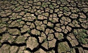 Cracked ground Jaguari dam Braziil