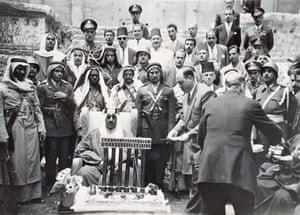 A state visit of King Saud bin Abdul Aziz to Baalbek Temple in 196
