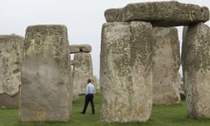 US President Barack Obama tours Stonehenge in.