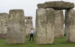 20 photos: Barack Obama tours Stonehenge