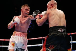 Frampton's dominance continues into the latter rounds too.