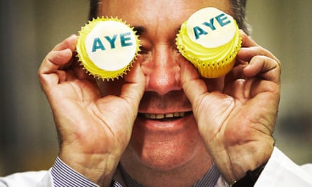 The Ayes have it on a piece of cake.