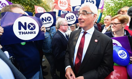 Alistair Darling of the Better Together campaign with supporters in Edinburgh today
