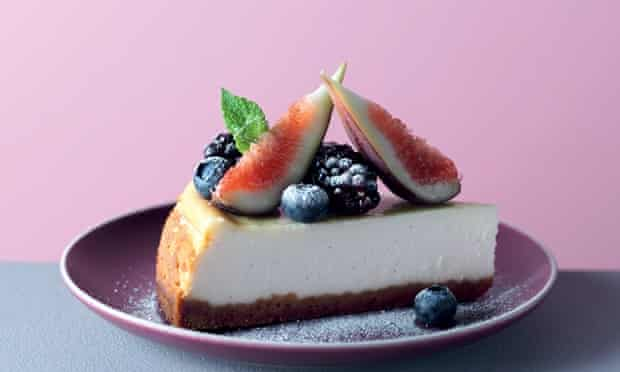 Baked ricotta and cream cheese cheesecake with blackberries, blueberries and figs.