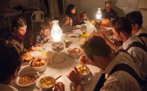 Mennonite family supper at Isaac Banman's home