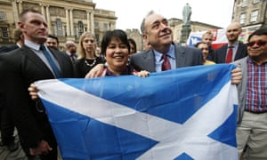 First minister Alex Salmond meets with Scots and other European citizens.