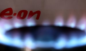 E.ON has cut its standard gas tariff.