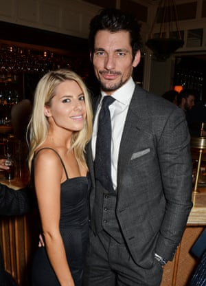 Then finally h's spotted at a Tom Ford fragrance launch with girlfriend Mollie King at 00.46