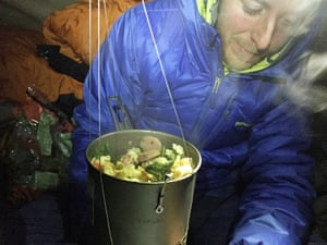 Tommy Caldwell eats dinner