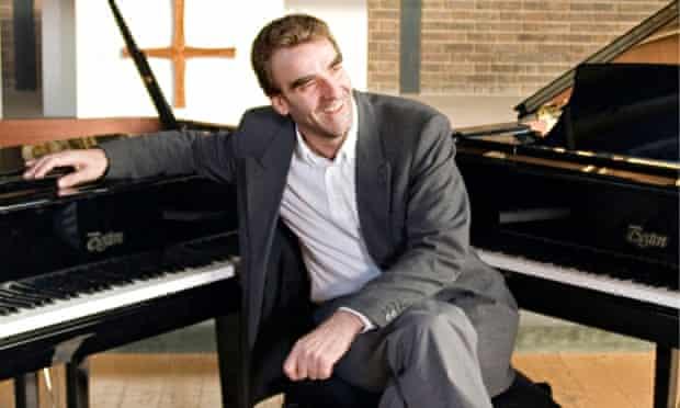 Pianist Jonathan Plowright