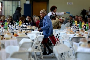 Athens free meal elderly, homeless Easter