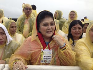 Former Philippine first lady Congresswoman Imelda Marcos amongst the crowd during the Pope's visit to to Tacloban.