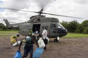 Relief aid military helicopter Malawi floods