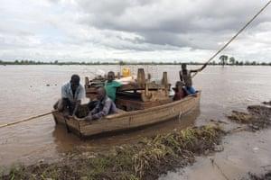 rescue canoe Chambuluka Nsanje Malawi