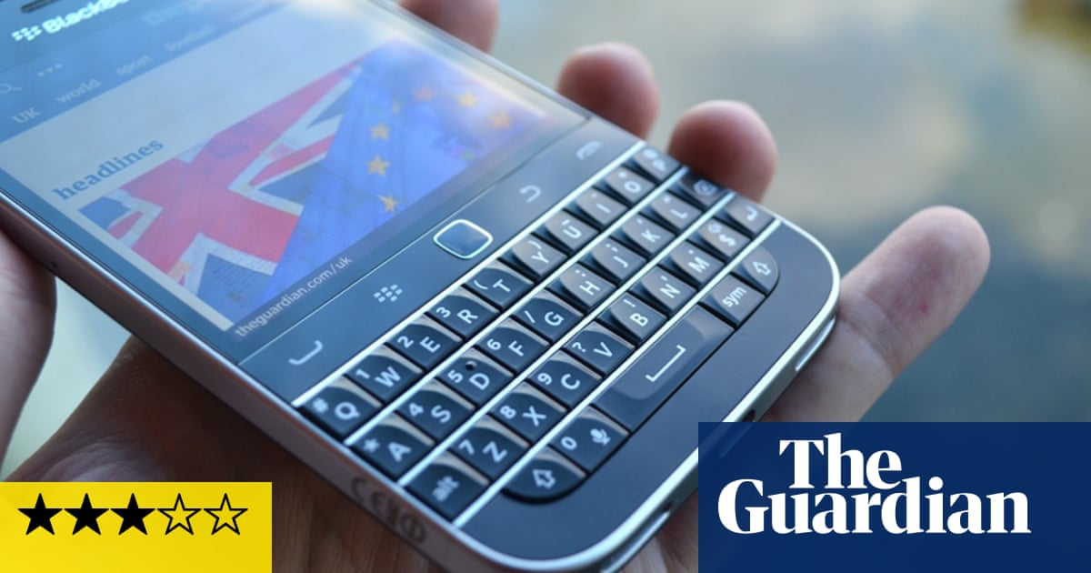BlackBerry Classic review: the phone diehards have been waiting for