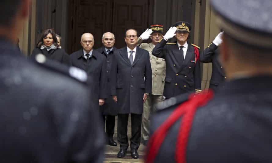 French president François Hollande observes a minute's silence