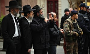 Armed guards outside a Jewish school, Paris