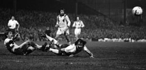 Despite striker Frank Worthington failing to score with this diving header, Bolton did triumph over Spurs with a 2-1win in their 1978 Third Round replay  at Burnden Park