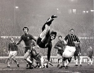 """Sport/Football.  FA Cup Third Round Replay.  Stamford Bridge, London, England.  6th January 1971.  Chelsea 2 v Crystal Palace0.  Chelsea defender David Webb is by team-mate Peter Osgood as he clears with a """"scissors-kick during Chelsea's 2-0 replay win over Crystal Palace"""