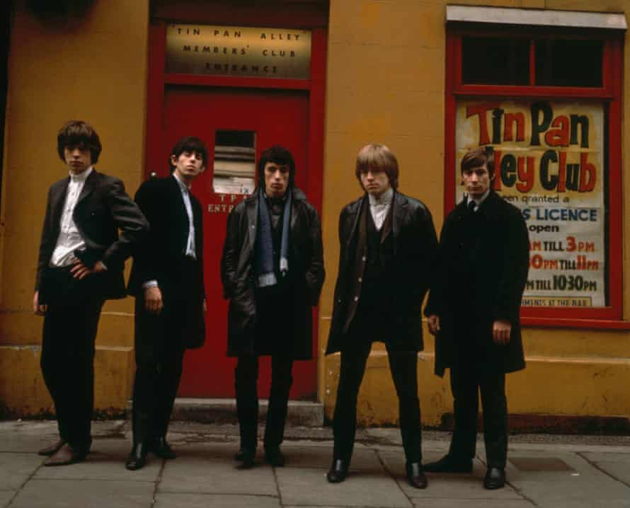 The Rolling Stones line up outside the Tin Pan Alley Club in London, 1963. From left to right, Mick Jagger, Keith Richards, Bill Wyman, Brian Jones (1942 - 1969) and Charlie Watts. (Photo by Terry O'Neill/Hulton Archive/Getty