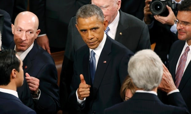 Obama gives the thumbs-up.