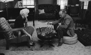 Vladimir Nabokov playing chess with his wife Véra.