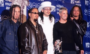 Rock group Korn attends the 16th Annual MTV Video Music Awards on September 9, 1999 at the Metropolitan Opera House, Lincoln Center in New York City. (Photo by Ron Galella, Ltd./WireImage)