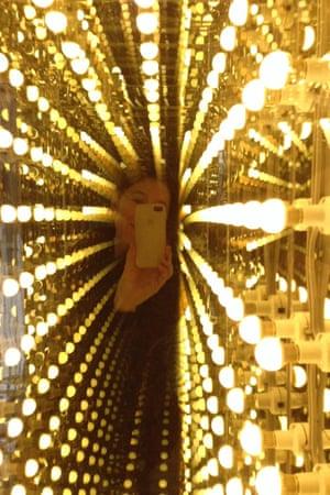 Melanie Authier's #MuseumSelfie