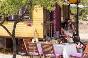 Casa del mundo Gypsy wagon
