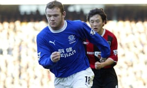Wayne Rooney in Everton's Kejian sponsored kit.