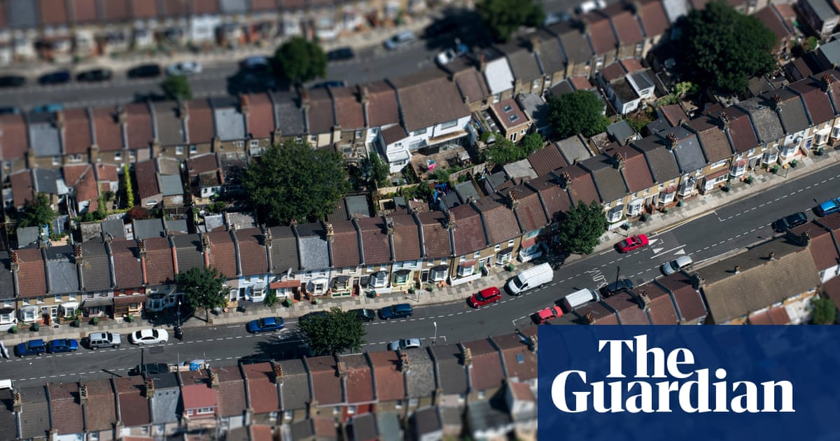 Why London is rubbish at solar   Environment   The Guardian