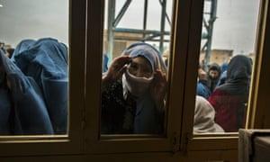 afghan woman voting window