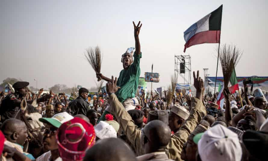 Supporters of the main Nigerian opposition