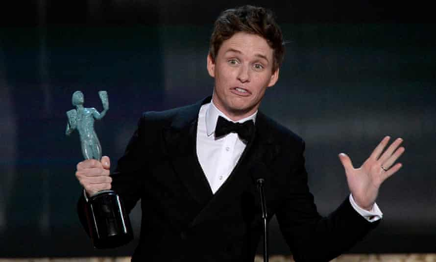 Eddie Redmayne accepts the award for Outstanding Performance by a Male Actor in a Leading Role.
