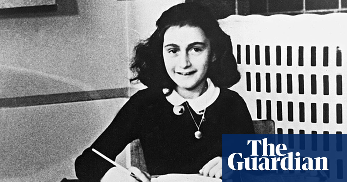 Anne Frank 10 Beautiful Quotes From The Diary Of A Young Girl