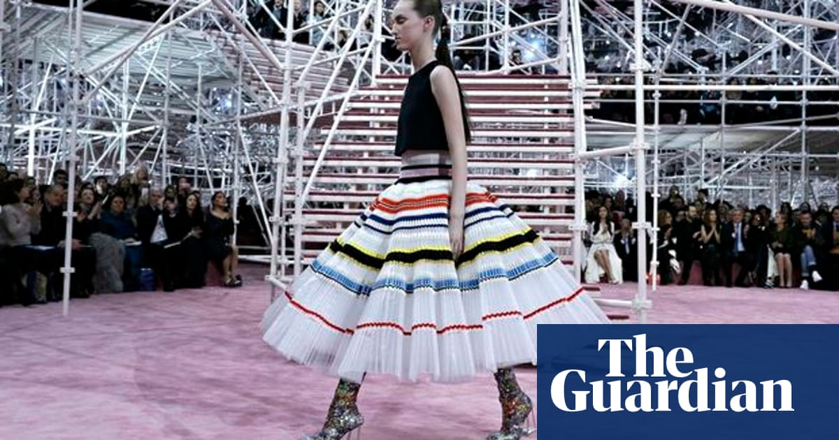 836240cef95 Christian Dior's Raf Simons constructs a 1960s vision of the 21st ...