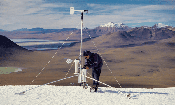 Measuring the energy balance at 5400m on a glacier in South of Bolivia.