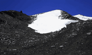 The Chacaltaya glacier in 1996, located at 5400 m above La Paz city in Bolivia.