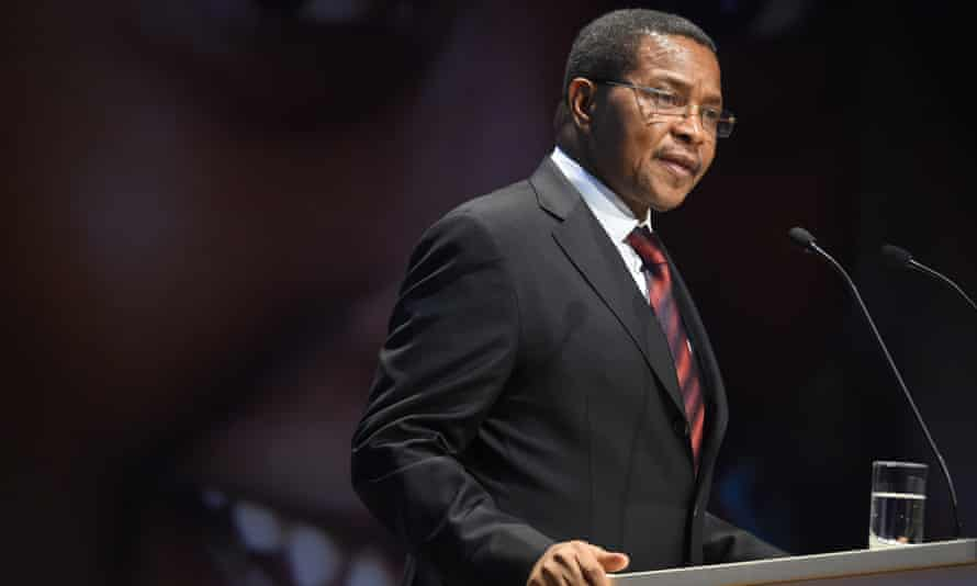 Tanzania's president Jakaya Kikwete was forced to act as the energy scandal claims yet another head.