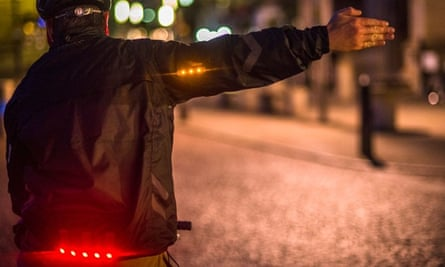 I'm going that way: the jacket with built-in indicators