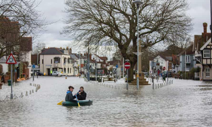 Floods in Datchet, Berkshire