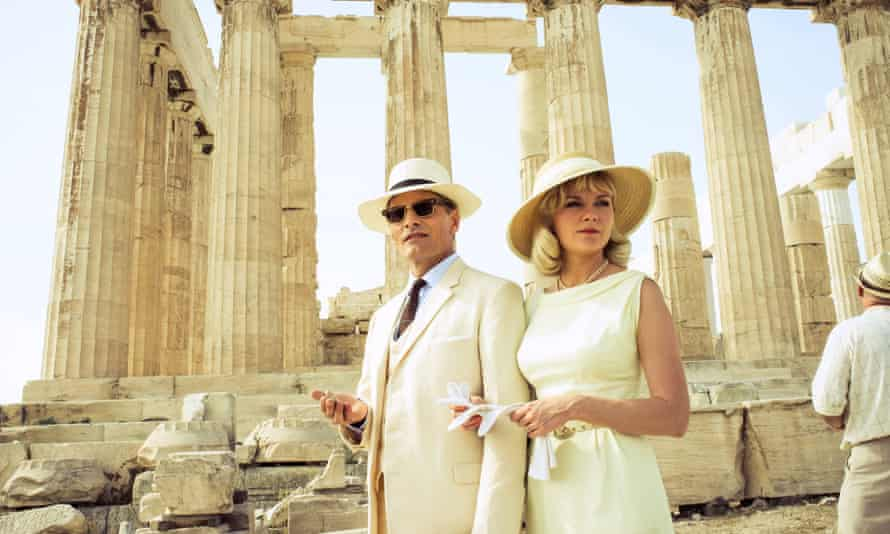 Viggo Mortense and Kirsten Dunst, as Chester and Colette MacFarland, in The Two Faces of January.