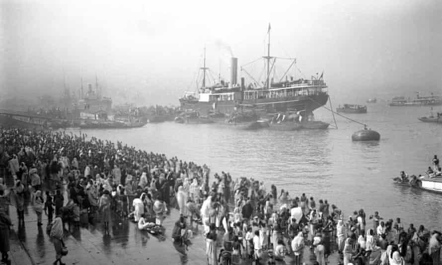 Ships arriving at the Chandpal Ghat, Kolkata