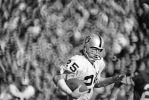 1977 Wide receiver Fred Biletnikjoff of the Oakland Raiders with one of the four passes he caught for 79 yards during Super Bowl XI