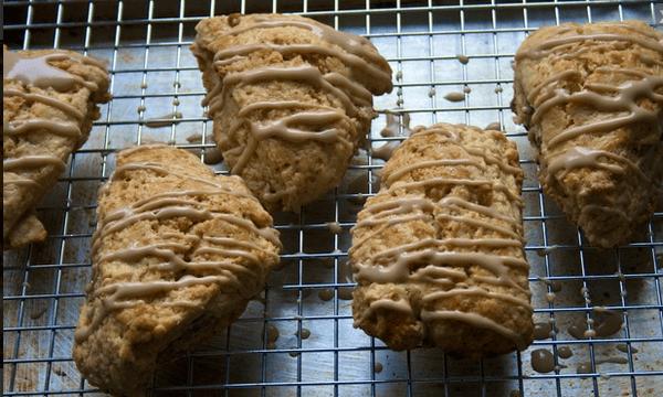 Maple-walnut buttermilk scones