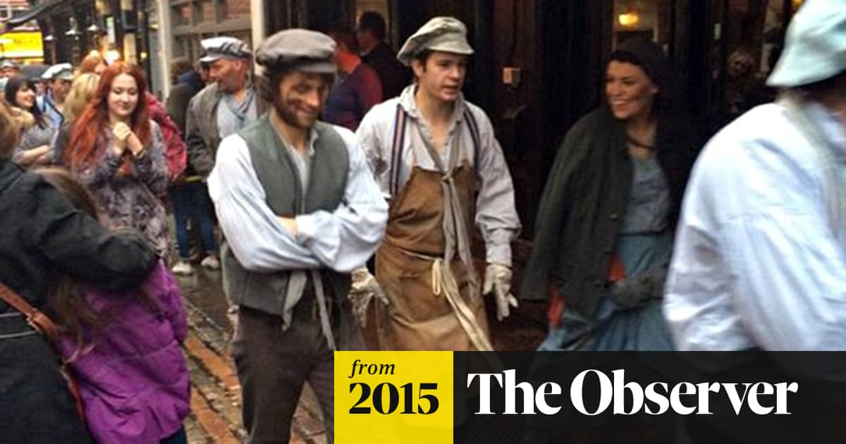 Les Misérables audience and cast evacuated from Queen's
